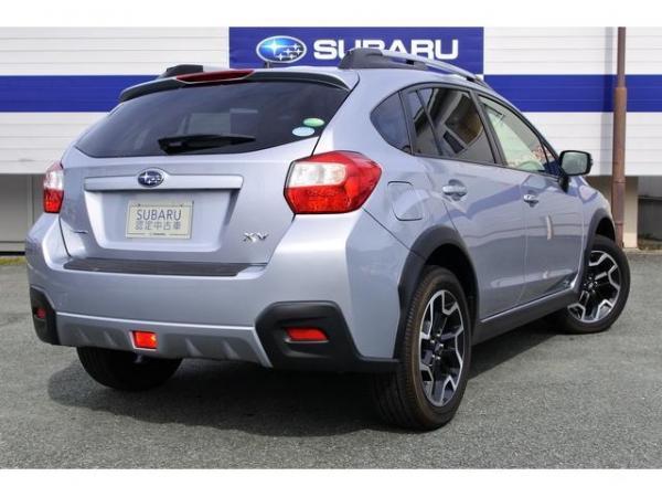 Subaru XV I Рестайлинг 2016 серый сзади