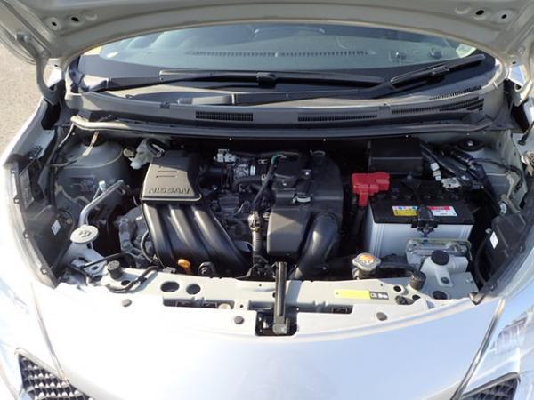 Nissan Note 2015 серый двигатель