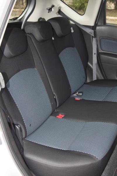 Nissan Note 2015 сидения