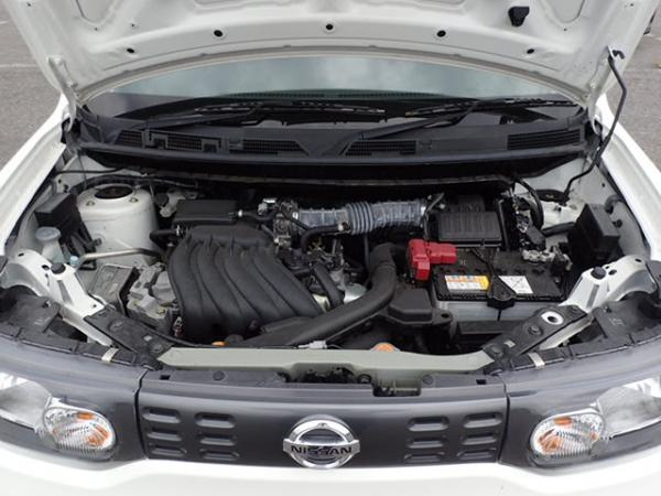 Nissan Cube 2017 белый двигатель