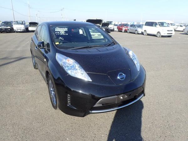 Nissan Leaf 2014 чёрный спереди