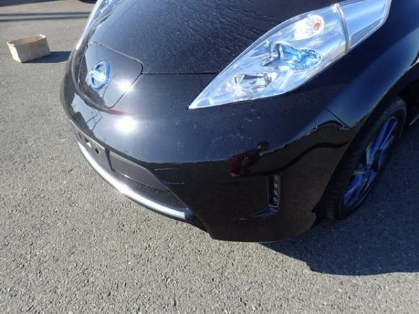 Nissan Leaf 2014 чёрный фара