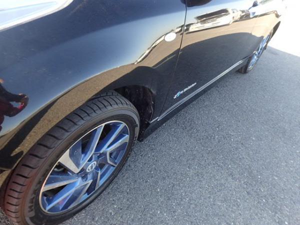 Nissan Leaf 2014 чёрный сбоку