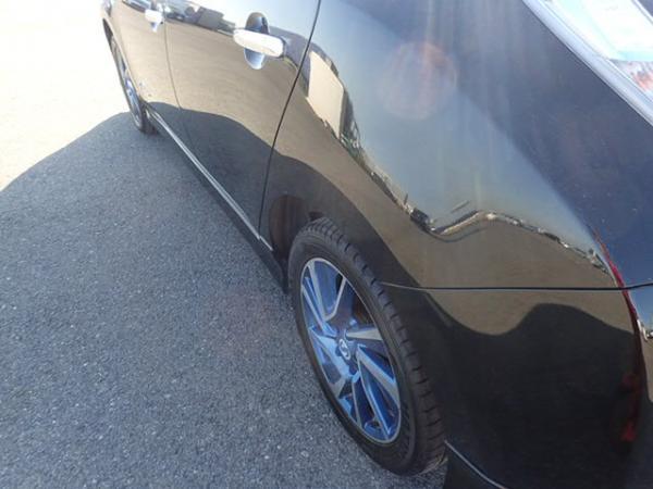 Nissan Leaf чёрный порог