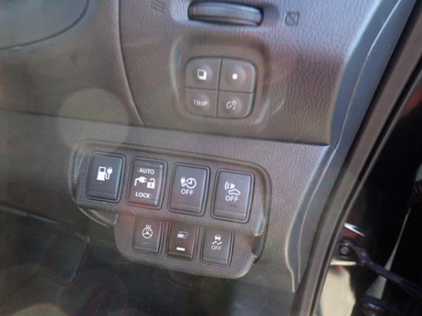 Nissan Leaf 2014 кнопки