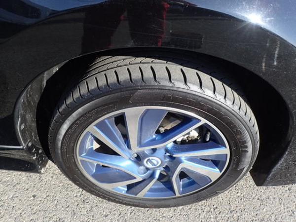 Nissan Leaf 2014 чёрный колесо