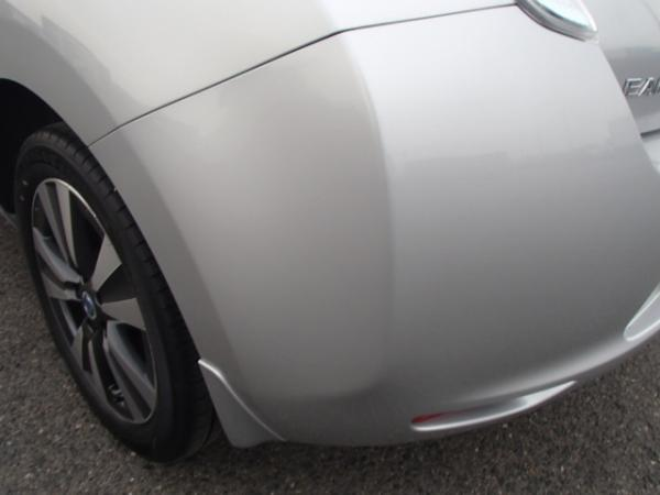 Nissan Leaf 2013 серый задний бампер