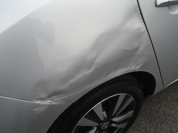 Nissan Leaf 2013 серый задняя фара