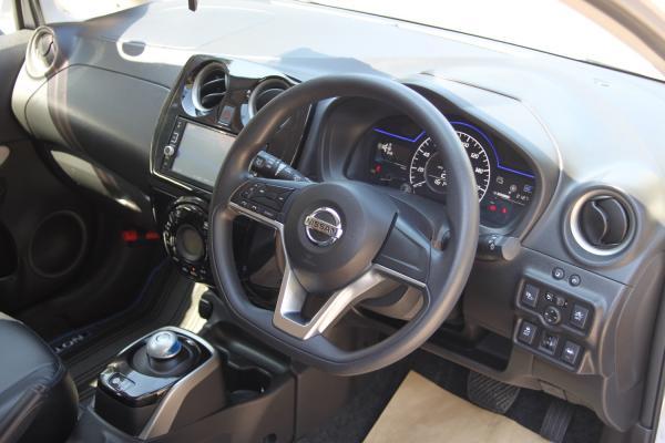 Nissan Note II Рестайлинг интерьер