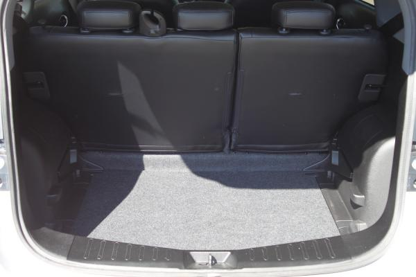 Nissan Note 2017 багажник