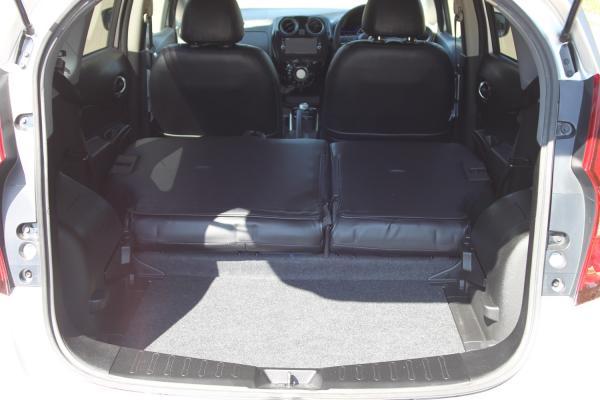 Nissan Note II Рестайлинг багажник