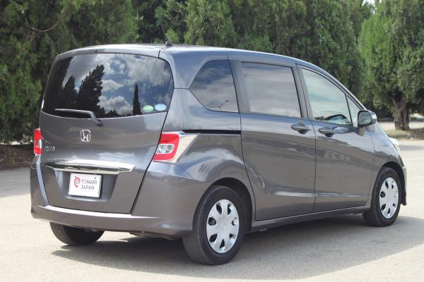 Honda Freed I Рестайлинг серый вид сзади