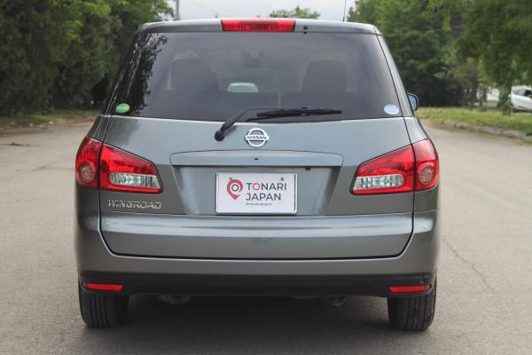 Nissan Wingroad III Рестайлинг 2017 серый сзади