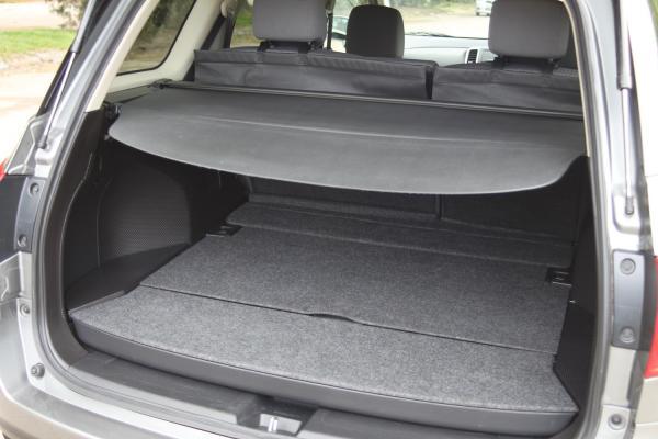 Nissan Wingroad III Рестайлинг 2017 серый багажник