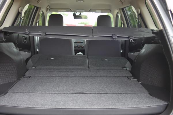 Nissan Wingroad III Рестайлинг 2017 багажник