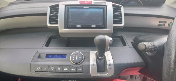 Honda Freed I Рестайлинг приборы