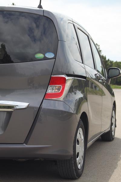 Honda Freed 2015 серый фара
