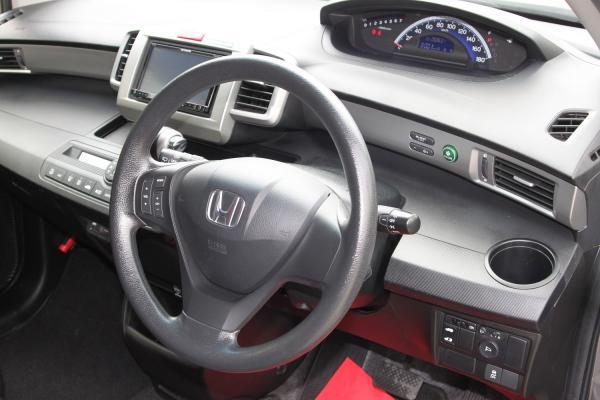 Honda Freed I Рестайлинг руль