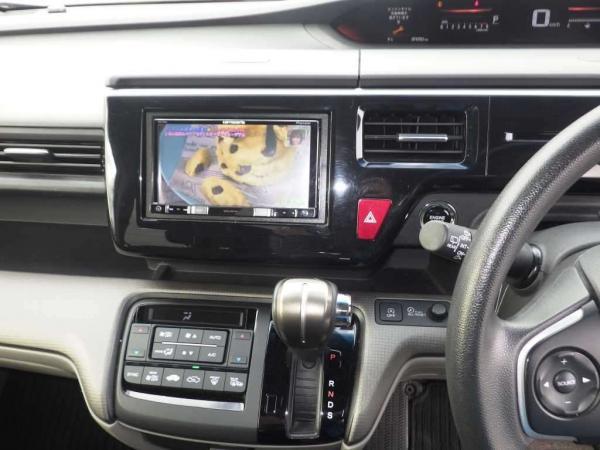 Honda Stepwgn V Рестайлинг приборы