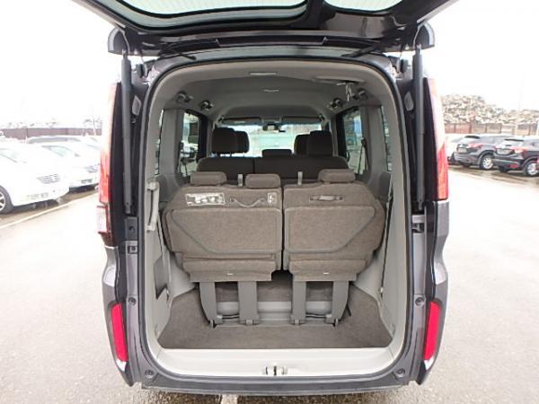Honda Stepwgn V Рестайлинг серый багажник