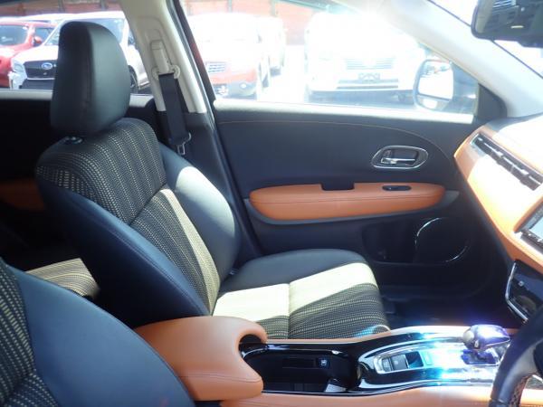 Honda Vezel I Рестайлинг внутри