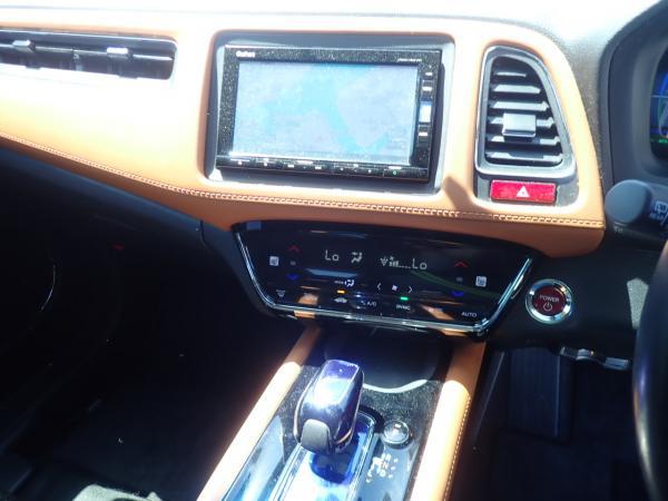 Honda Vezel I Рестайлинг приборы