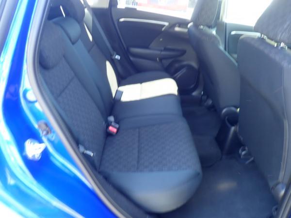 Honda Fit III Рестайлинг задние сидения