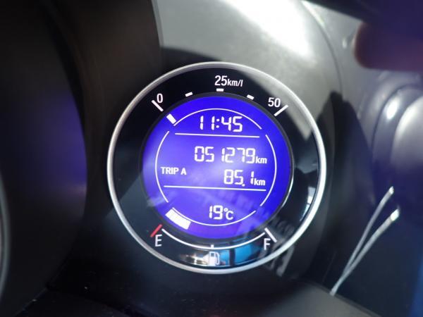 Honda Fit III Рестайлинг одометр