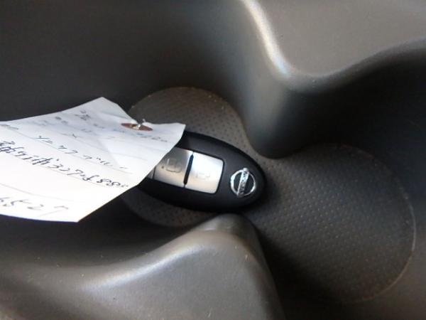 Nissan Leaf 2012 ключ