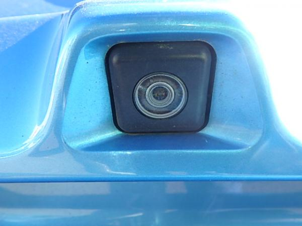 Nissan Leaf 2012 синий камера