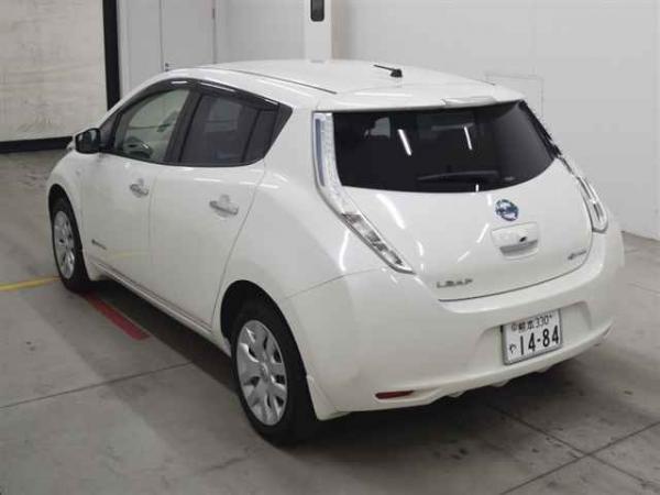 Nissan Leaf I 2016 сзади