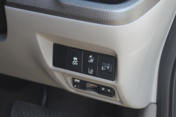 Honda Stepwgn V Рестайлинг кнопки