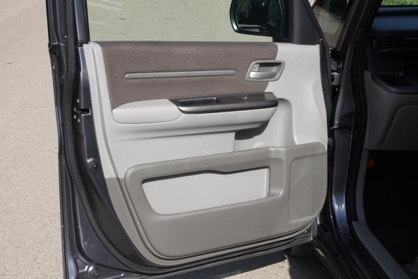 Honda Stepwgn V дверь