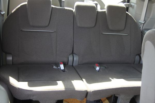 Honda Stepwgn V Рестайлинг задние сидения