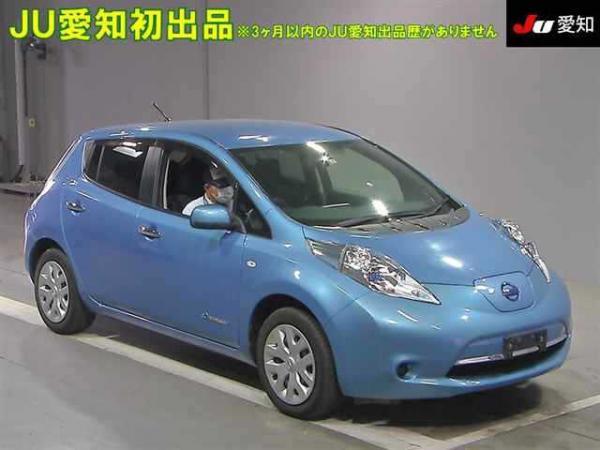 Nissan Leaf I голубой спереди
