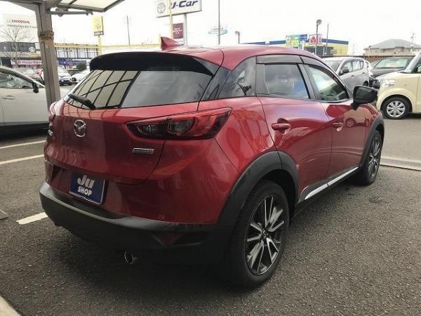 Mazda CX-3 2016 красная сзади