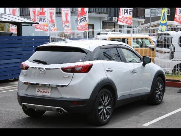 Mazda CX-3 2016 белая зад