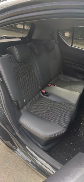 Toyota Aqua интерьер внутри