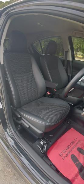 Toyota Aqua I Рестайлинг черный сиденье