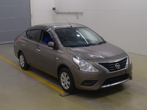Nissan Tiida Latio I