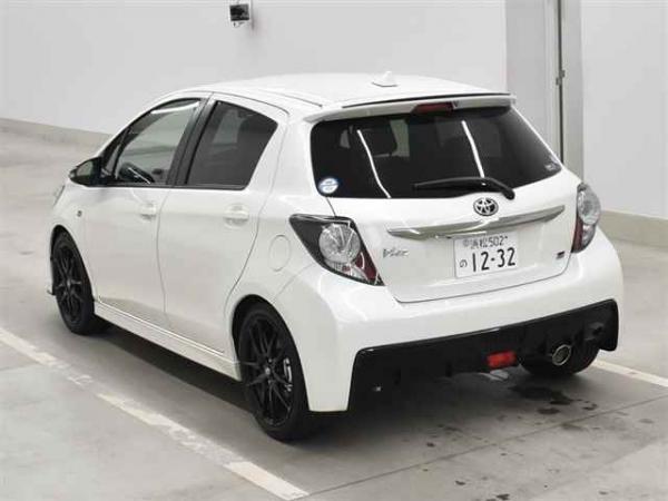 Toyota Vitz III. II рестайлинг