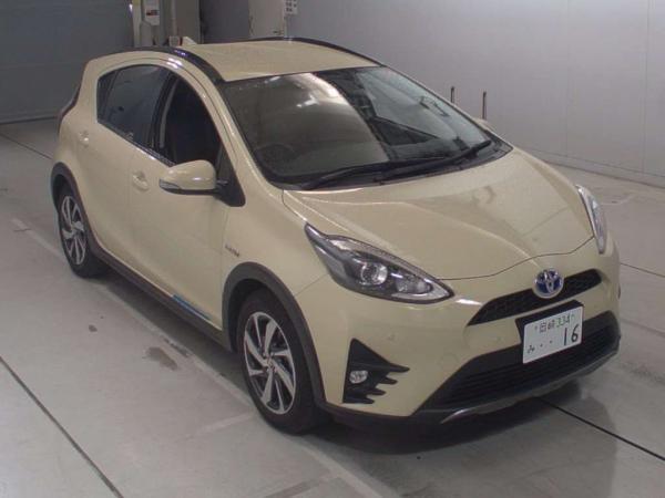 Toyota Aqua I